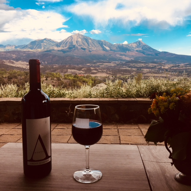 Wine tour to Azura Cellars